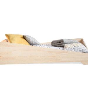 Dřevěná postel LUMI