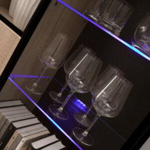 LED osvětlení na 8 polic modré