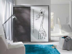 Z20 - Moderní šatní skříň s grafickým motivem ZONDA
