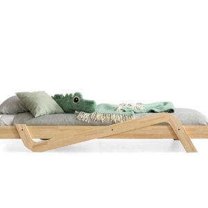 Dřevěná postel OTIS