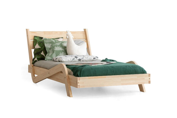 Dřevěná postel FIONA